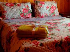 destacado-pieza-matrimonial-cabana-para-4-personas-cabanas-el-yugo-pichilemu